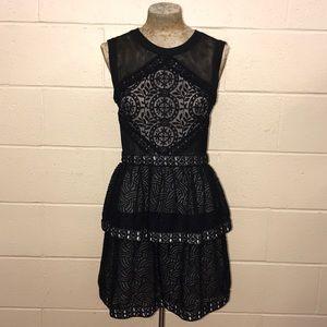 BCBG JOSELYN LACE DRESS IN BLACK